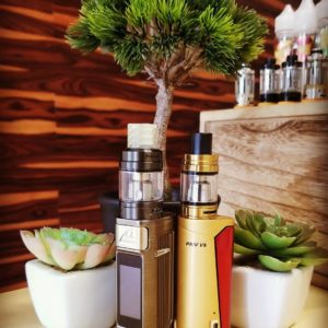 Vape Shop Vaughan Counter with Starter Kits